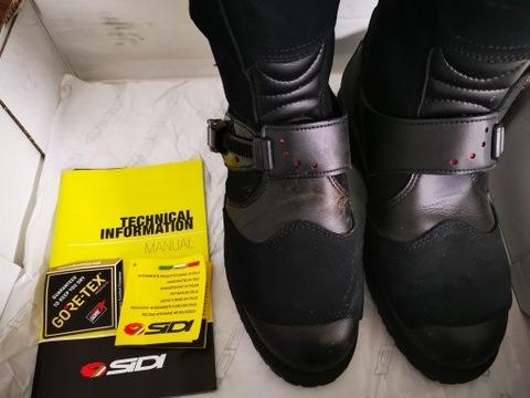 Wiosenne porządki. Włoskie buty SIDI, r. 42.