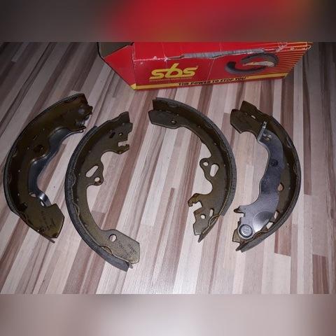 Комплект тормозных колодок ford focus SBS