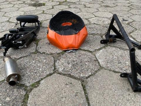 Yamaha R6 RJ05 03-05 комплект stunt бак, клетка
