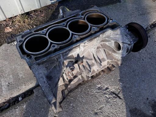 блок. двигуна 03c103019 golf v audi a3 1.6 fsi bag, фото
