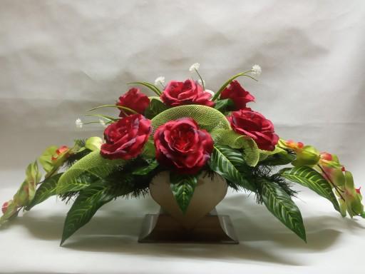Kwiaty na grób KOMPOZYCJA sztuczna STROIK SERCE