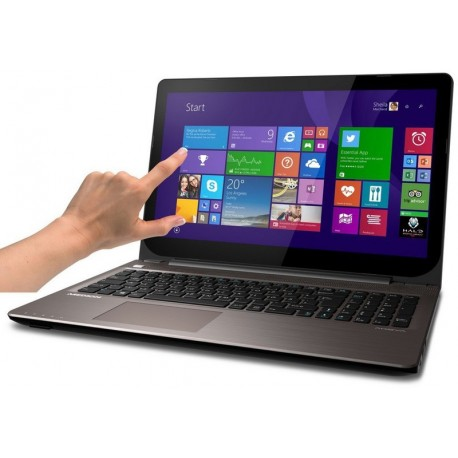 Laptop Akoya Pentium 3558U 4GB 500GB W10 DOTYK