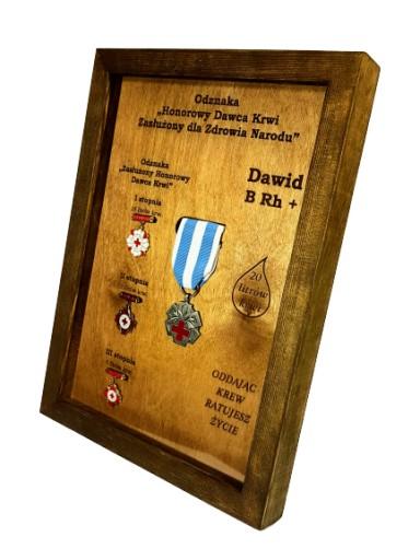 Ekspozytor NEW odznaki zasłużonego HDK imię rama