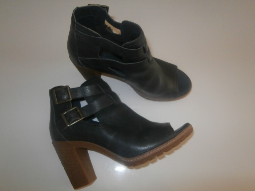 Timberland skórzane sandały jak botki na słupku 38