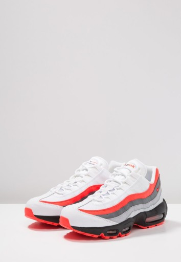 Nike air max 95 essential trainers in grey 749766 012 grey