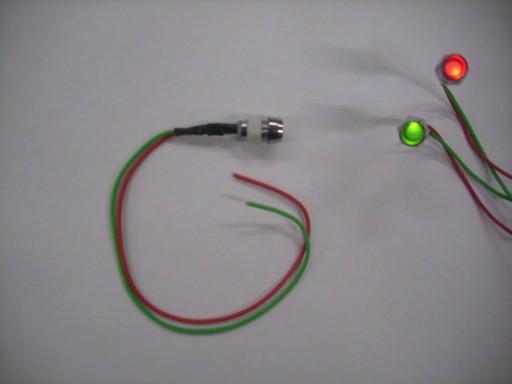 VALDYMAS LED 2 RATAS. RAUDONAS/ZALIAS polaryz. 5/8 12 24