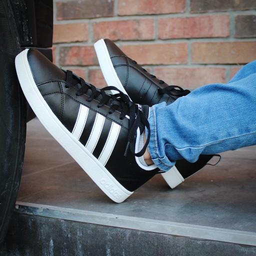 Buty Męskie Adidas Advantage F99254 Czarne r.44,5