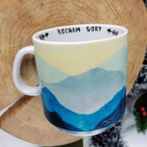 kubek Kocham Góry ręcznie malowany na prezent