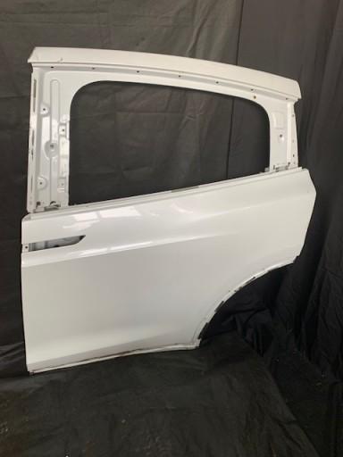 Tesla Model X tylne lewe drzwi FALCON 1028790-00-I