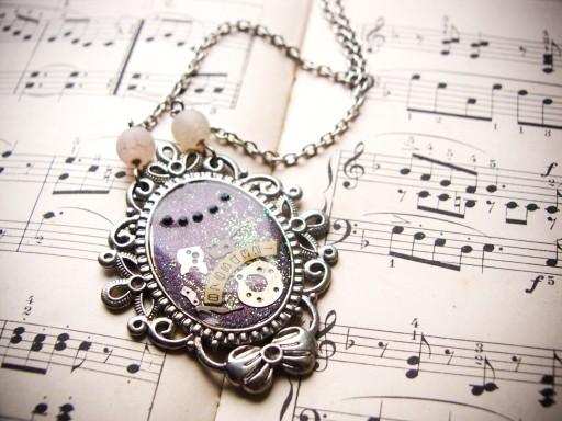 Naszyjnik w stylu steampunk, żywica, fioletowy