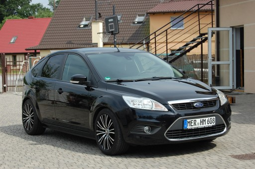 Ford Focus II Hatchback 5d 1.6 Duratec Ti-VCT 115KM 2009