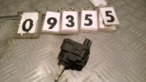 VOLVO S40 V40 95-04 POWERED HEADLIGHT 007282-32
