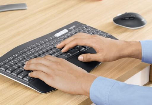 Klawiatura i mysz komputerowa Logitech 920-008226