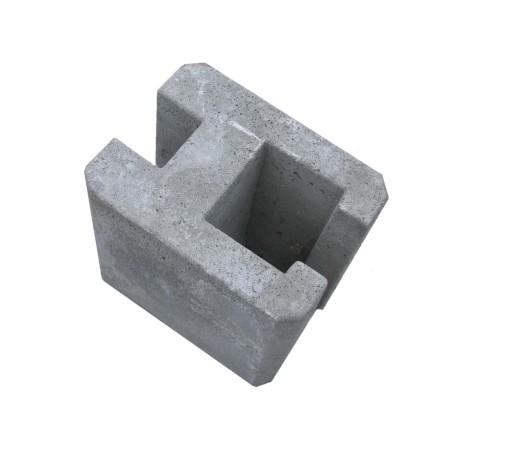 Łącznik betonowy, wysokość 25 cm ( otwór 80x90 mm)