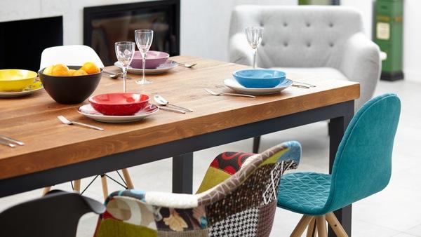 Kolorowe krzesła do jadalni? Czemu nie! Allegro.pl