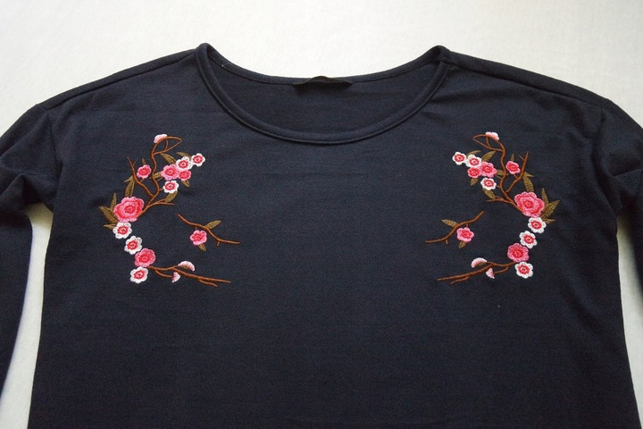 ONLY bluzka tunika dzianinowa kwiaty haft____34/XS 9726359639 Odzież Damska Bluzki OP KANGOP-4
