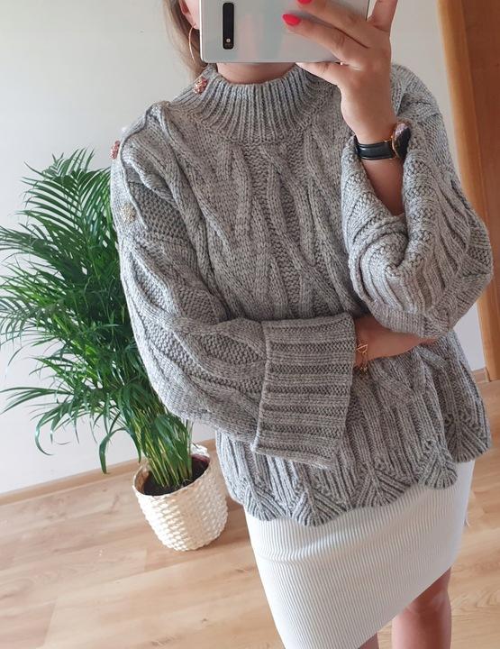 Sweter Cocomore z guzikami świecącymi na ramieniu 9631514582 Odzież Damska Swetry UL EIDPUL-2