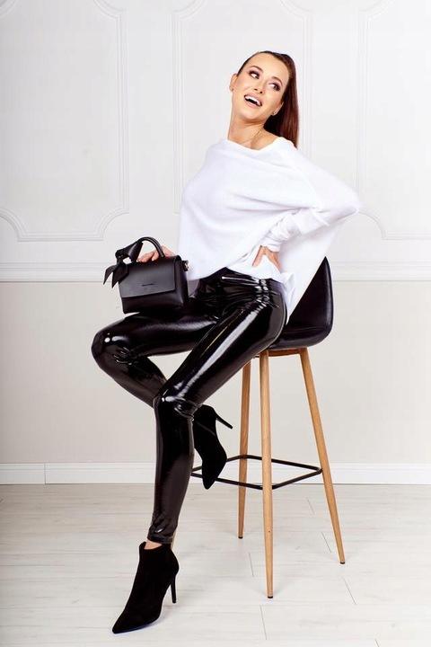 Luźny sweter flamingo biały Me Gusta 9725792862 Odzież Damska Swetry VR DCIIVR-2