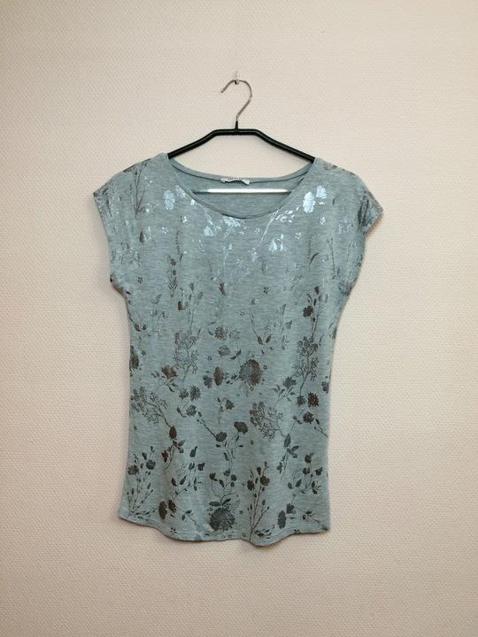 Koszulka luźna szara ze srebrnym nadrukiem ORSAY 9523636112 Odzież Damska Bluzki XX VSLFXX-5